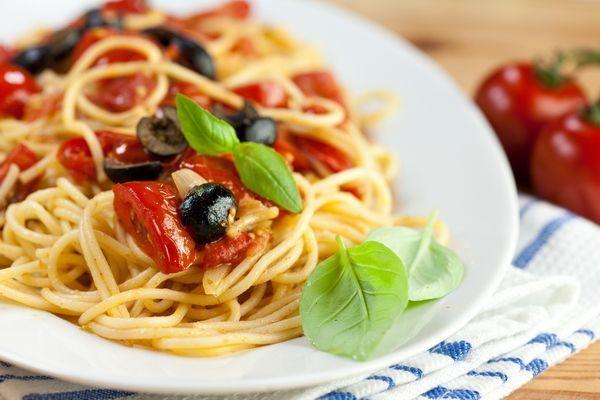 5 Вкусных соусов для спагетти