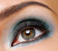 Dan make-up za plavo-sive oči