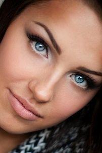 Prekrasna svakodnevni make-up za plave oči