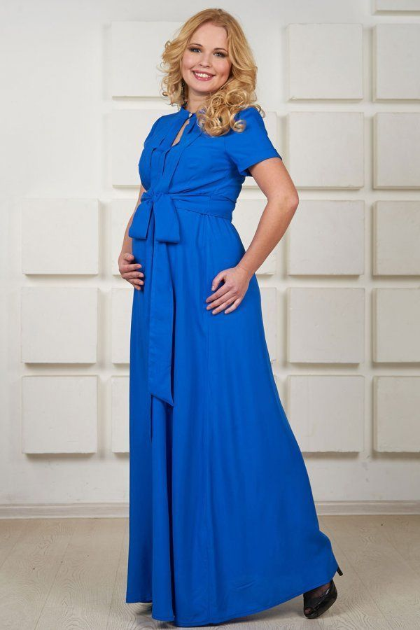 Moderan plavu haljinu sa originalnim draperija