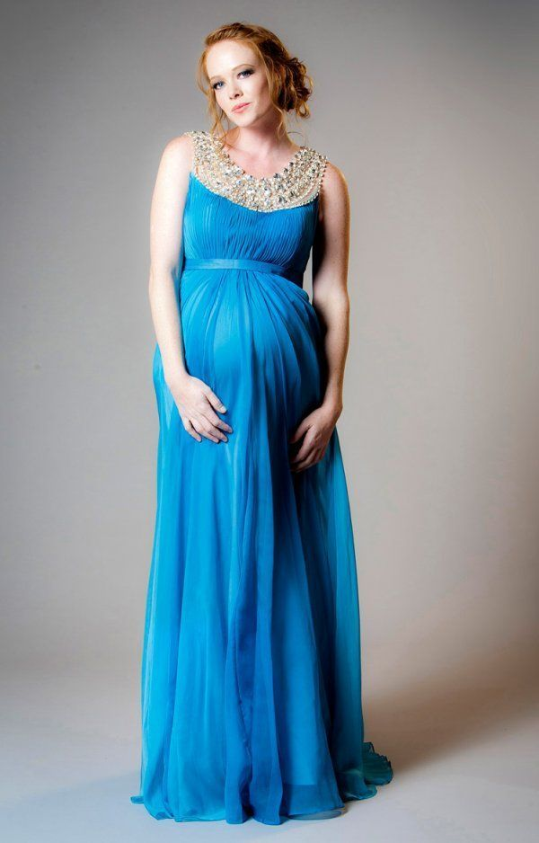 Elegantna ljetna haljina u trenutnu boju