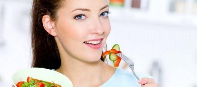 Как питаться во время месячных и стоит ли придерживаться диеты?