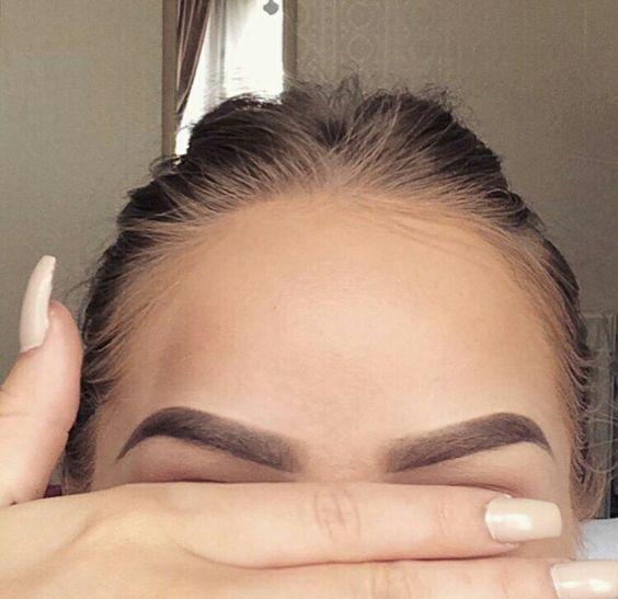Как сделать брови идеальными? Фото