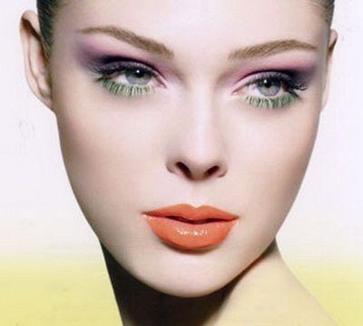 Lavanda šminke plave oči