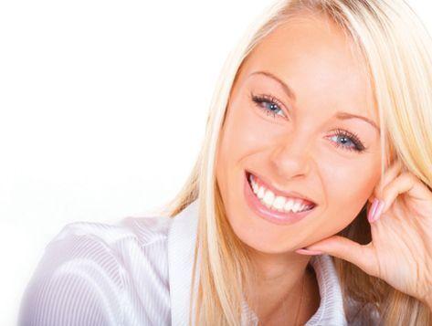 Отбелить зубы в домашних условиях: 5 популярных способов