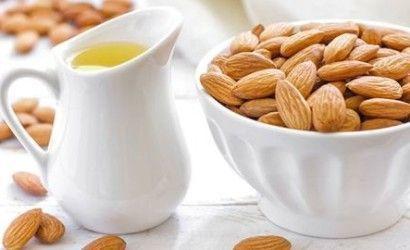 Uporaba mandljevim oljem in uporaba v kozmetike