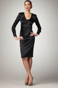 Платье-футляр с длинным рукавом