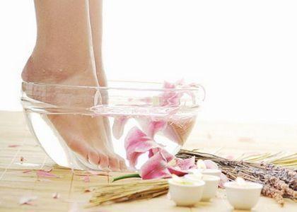 Стоит ли делать наращивание ногтей на ногах?