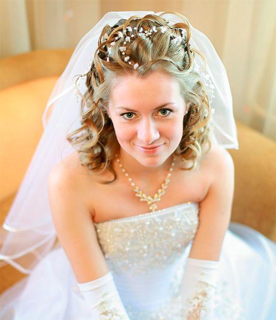 Свадебные прически с фатой-2