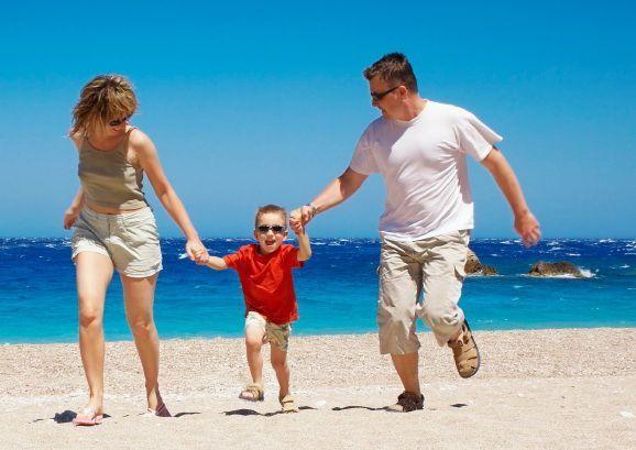 Вывоз ребенка за границу - трудности и решения